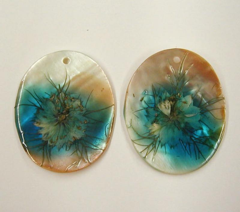 Light Blue Dried Flower Oval MOP Shell Pendant