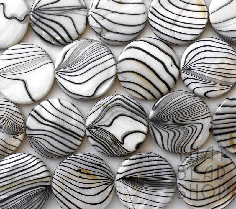 White 25mm Printed Swirl Shell Coin