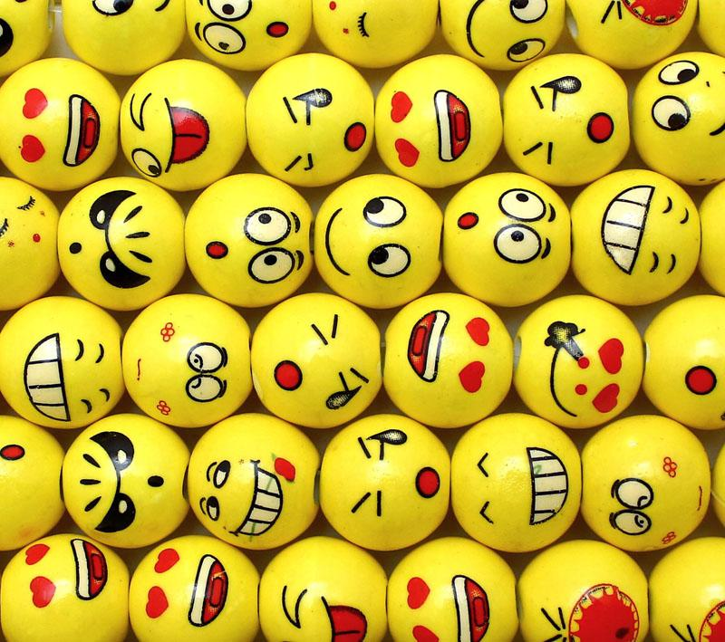 Porcelain 16mm Mixed Emoticon Beads