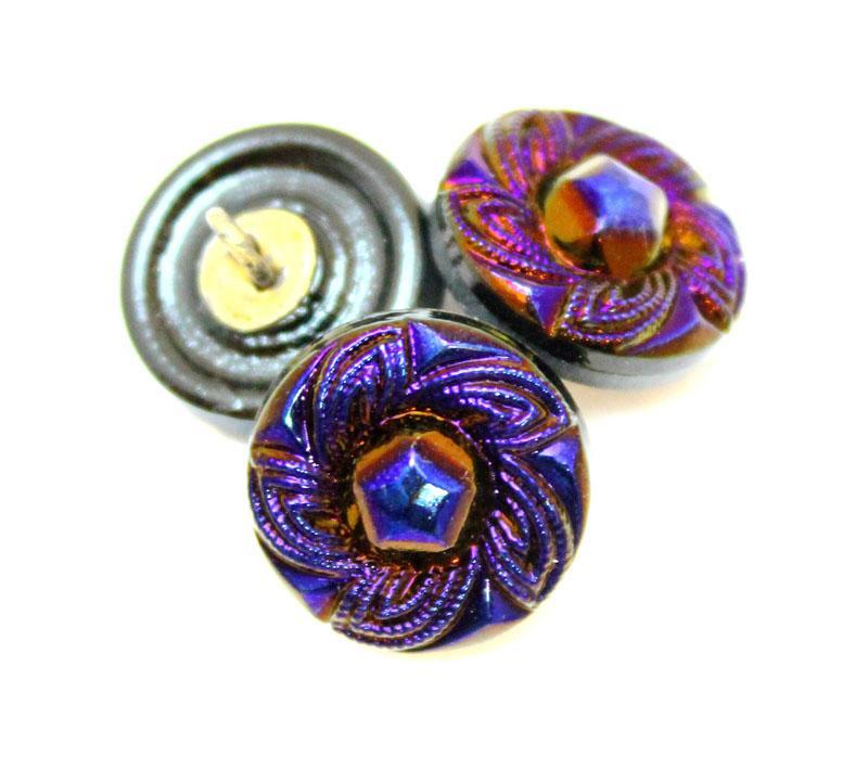 Inventory: Buttons - 14mm Purple Iris Swirl Knot Button